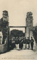 Bagne Saint Martin De Ré . Convoi De Forçats . Convicts . - Prison