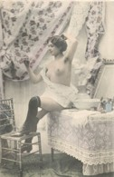 Nu Feminin - Erotisme- Erotique - Fantaisie - Série ''La Toilette '' - Fine Nudes (adults < 1960)