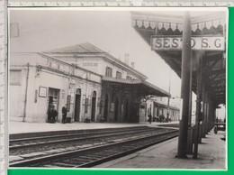 SESTO SAN GIOVANNI. STAZIONE. Treno. Rotaie. Milano. - Photographs