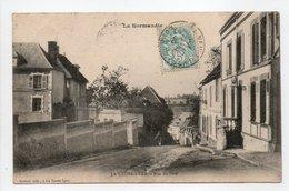- CPA LA NEUVE-LYRE (27) - Rue Du Pavé 1906 - Edition Bastien - - Autres Communes