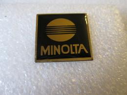 PIN'S   MINOLTA - Fotografie