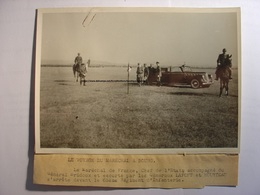 PHOTO De 1942 - MARECHAL PETAIN BOURG EN BRESSE GENERAL BRIDOUX LAFONT  & HOURTEAU - PROPAGANDE - 18X13 TIRAGE D'EPOQUE - Guerre, Militaire