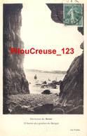 """29 Finistère CROZON - """" Sortie Des Grottes De MORGAT """" - Crozon"""