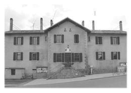 ARBUSIGNY - Ecole Publique - Autres Communes