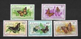 GRENADINES 1975 BUTTERFLIES  MNH - Butterflies