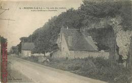 MOSNES UN COIN DES ROCHERS ROUTE D'AMBOISE A CHAUMONT 37 - France