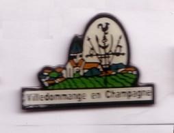 VF193 Pin's Village Coq église VILLEDOMMANGE EN CHAMPAGNE Marne Achat Immédiat - Städte