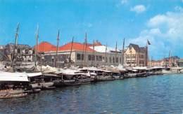CURACAO - Floating Market - Curaçao