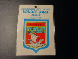 Blason écusson Adhésif Autocollant Paris Double Face Aufkleber Wappen Coat Of Arms Sticker Adesivo Adhesivo - Obj. 'Remember Of'