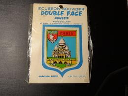 Blason écusson Adhésif Autocollant Paris  Sacré Coeur Double Face Aufkleber Wappen Coat Of Arms Sticker Adesivo Adhesivo - Obj. 'Remember Of'