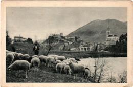 3PSTH 68. LOURDES - LA BASILIQUE ET LE CHATEAU FORT - Lourdes