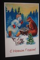 JEU - ECHECS - Happy New Year. Snowman Playing Chess With Bear. RUSSIAN POSTCARD. 2013 - Echecs