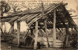 CPA AK Cimetiere Indigene Pres Tamatave MADAGASCAR (819802) - Madagascar