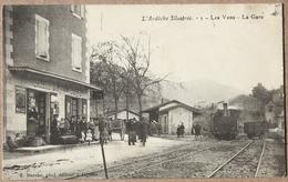 CP LES VANS La Gare  Locomotive - Les Vans
