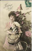 Joyeux Noël , Jeune Fille Avec Sa Poupée - Noël