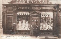 Cambrai (59) - Commerce: Maison Renard, 8, Rue De La Herse - Corsets Sur Mesures Et De Marques - 2 Scans. - Cambrai