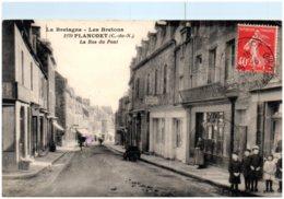 22 PLANCOET - La Rue Du Pont - Plancoët