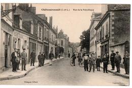CHATEAURENAULT RUE DE LA REPUBLIQUE COMMERCE TRES ANIMEE - Autres Communes