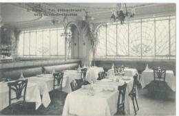 """Dijon - """"Au Châteaubriand"""" - Salle Du Rez-de-chaussée - Dijon"""