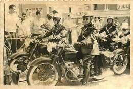 030320A - PHOTO ANCIENNE - Transport Moto Motard Gendarme - Motos