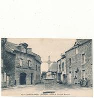QUESTEMBERT - Place Et Croix Du Marchix - Questembert