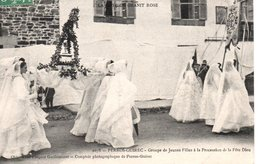 PERROS-GUIREC - Groupe De Jeunes Filles à La Procession De La Fête Dieu - Perros-Guirec
