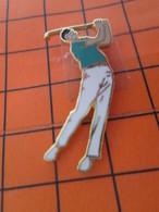 620 Pin's Pins / Beau Et Rare / THEME SPORTS : GOLF GOLFEUR Grand Pin's - Golf
