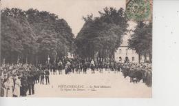 77 FONTAINEBLEAU  -  Le Raid Militaire  -  Le Signal Du Départ  - - Fontainebleau