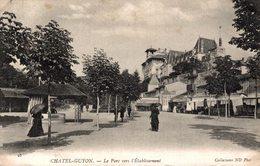 13065    CHATELGUYON   LE PARC VERS L ETABLISSEMENT - Châtel-Guyon