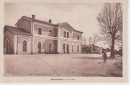 CPA Pierrelate - La Gare (avec Petite Animation) - Autres Communes