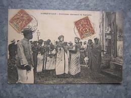 GABON - LIBREVILLE - FEMMES DANSANT LE DJEMBE - Gabon