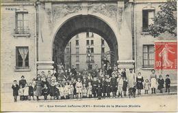 PARIS   XXéme Rue Ernest Lefevre Entrée De La Maison Modèle  (groupe D'enfants) - Distretto: 20
