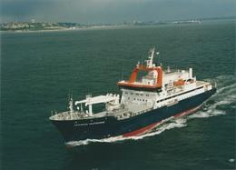 """Photo Du """"Marion Dufresne"""" à Son Départ Du Havre Le 13 Mai 1995 (dimensions 21 X 15 - Auteur E.Houri) - Bateaux"""