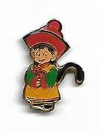 Pin's - DRAGON BALL Z KID GOHAN - Variante Queue Noire, Rabat Des Manches Rouges Et Boule Du Chapeau Rouge - Comics