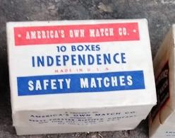 AMERICA'S INDEPENDENCE -UNUSED UNOPENED WW II,FULL MATCHES - Luciferdozen