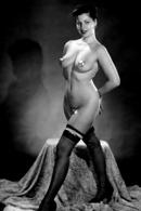 Nu- Pin Up - Erotisme ; Photographie En Noir Et Blanc Vers 1960 - Beauté Féminine (1941-1960)