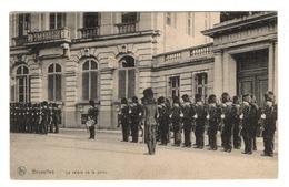 BELGIQUE - BRUXELLES La Relève De La Garde - Other