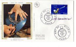 """"""" L'ART DU BIJOU """"  Sur Enveloppe 1er Jour SIGNEE De 1983 N° YT 2286 Parfait état. FDC - Non Classés"""
