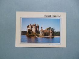 BORT LES ORGUES  -  19  -  Le Château De Val à La Limite Du Cantal Et De La Corrèze  -  Corrèze - France