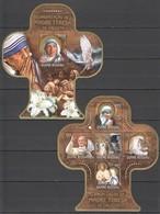 ST965 !!! GOLD 2016 GUINE GUINEA-BISSAU FAMOUS PEOPLE MOTHER TERESA 1KB+1BL MNH - Madre Teresa