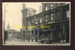 CALAIS - LE BUFFET-HOTEL - CAMION -  GUERRE 39/45 - FORMAT 13.5 X 9 CM - Lieux