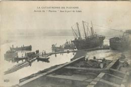 CALAIS  CATASTROPHE DU PLUVIOSE ARRIVEE DANS LE PORT DE CALAIS - Calais