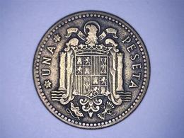 1947 - Espagne - Spain - UNA PESETA, ETOILE 50 - [ 4] 1939-1947 : Gobierno Nacionalista