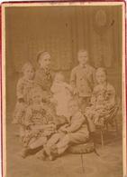 Photo Sépia Cartonnée Ancienne- Suisse Biel / Bienne. Marie Raaflaub Et Ses Enfants. 1878 - Photographs