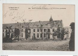 C.P.A  DE  BERTHONVAL   -- LA FERME - ECOLE   BOMBARDEE - Altri Comuni