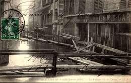 PARIS INONDATION JANVIER 1910 PASSAGES RUE DES URSINS /LOT 4002 - Paris Flood, 1910