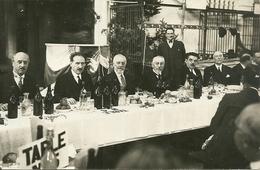 Carte-photo  -  VESOUL (Haute Saone)  - Banquet Du Parti Radical Socialiste En 1922  -- Photo LARCHER à Vesoul - Vesoul