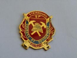 Pin's SAPEURS POMPIERS DE STEINBOURG - Firemen
