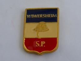 Pin's SAPEURS POMPIERS DE WIWERSHEIM - Firemen