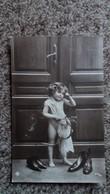 CPA  PETIT ENFANT NU  ANGE ANGELOT ARC FLECHE VOICI L AMOUR CHAUSSURES PARENTS  SERIE - Scènes & Paysages